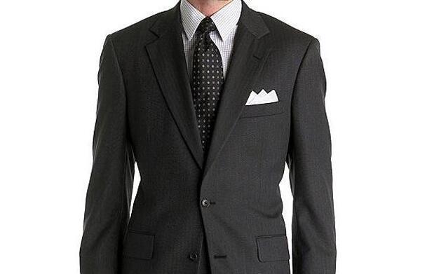 Deja tus trajes impecables