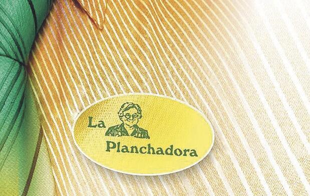 Lavado+planchado túnica y traje flamenca
