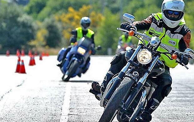 ¡Sácate el carnet de moto!