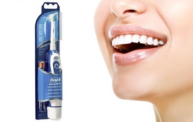 Cepillo ORAL B Advance 400 + recambios