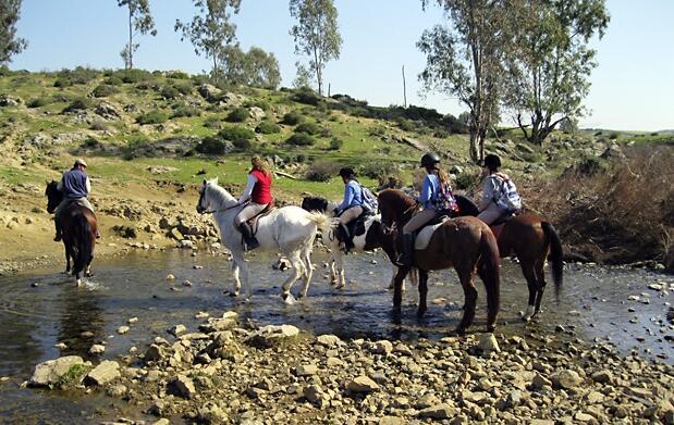 Descubre la Ruta del Agua a caballo