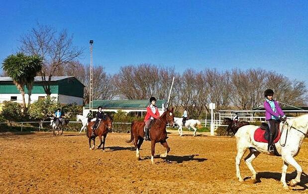 Paseo a caballo para niños