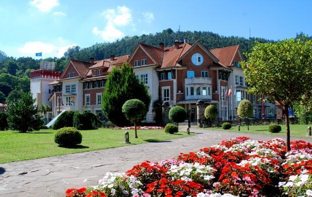 3 días, Gran Hotel Baleario Puente Viesgo