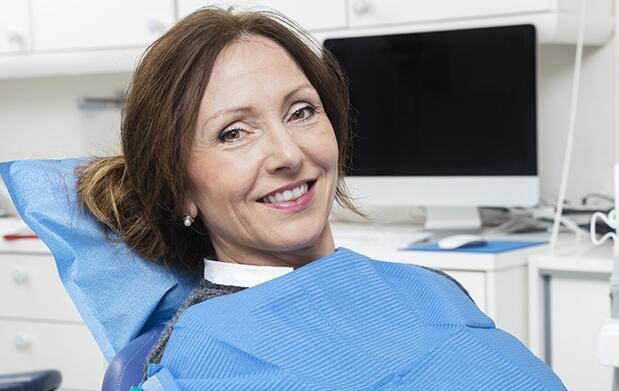 Implante dental de titanio de alta gama