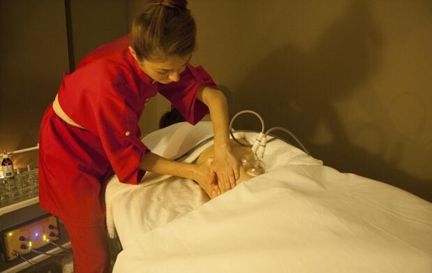 Exclusivo tratamiento facial y corporal