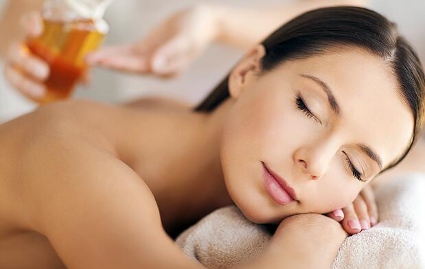 Masaje con aceites y esencias