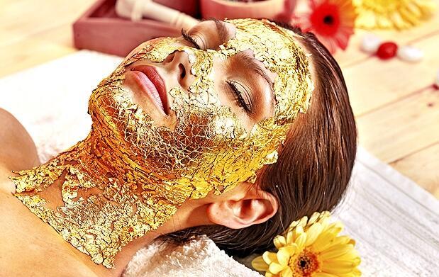 Tratamiento facial de oro