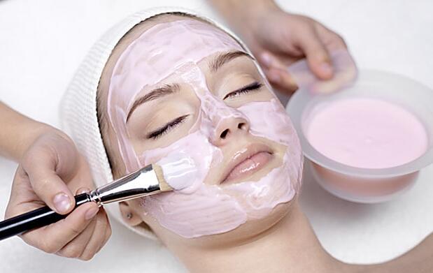 Peeling facial mandélico