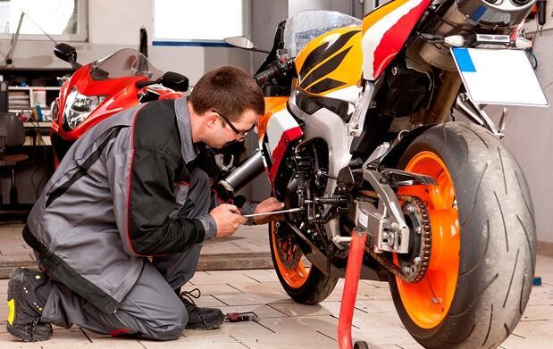 Moto: pre-itv + cambio de aceite y filtro