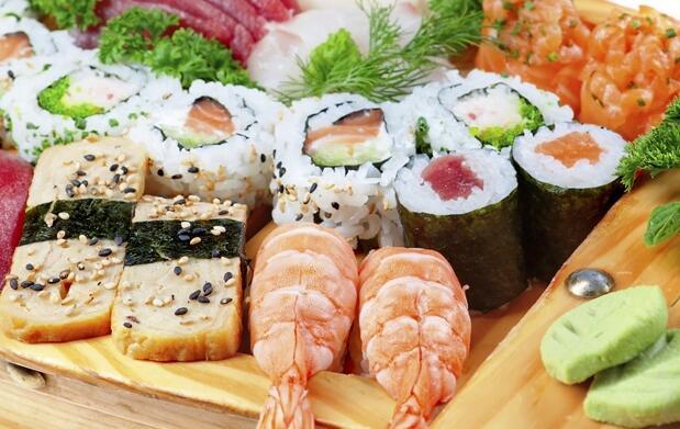 Taller de sushi + 45 piezas para llevar